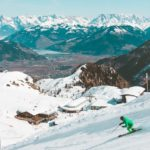 Jakie narty wybrać dla średnio-zaawansowanej osoby?